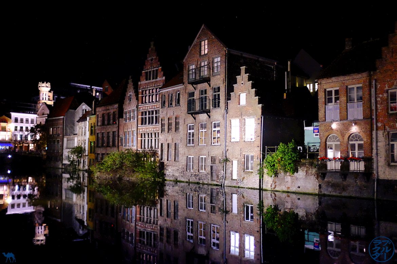 Le Chameau Bleu - Blog Voyage Gand Belgique - Reflet sur les canaux