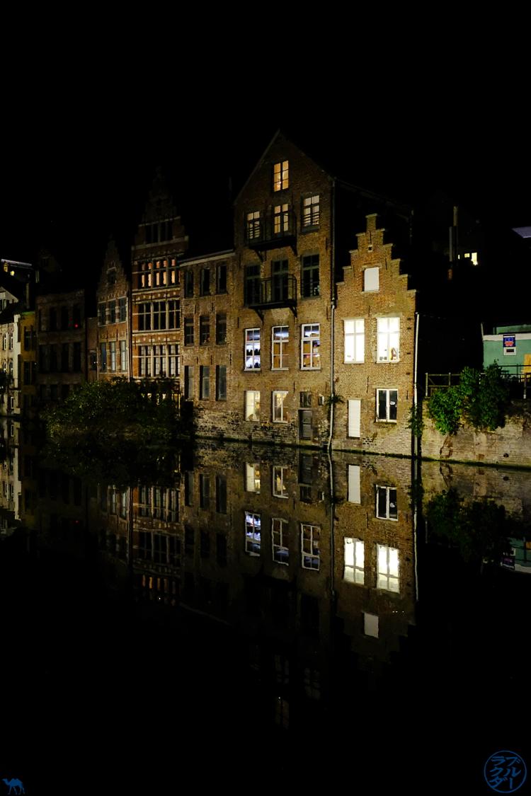 Le Chameau Bleu - Blog Gand Belgique - Décor de Gand la Nuit