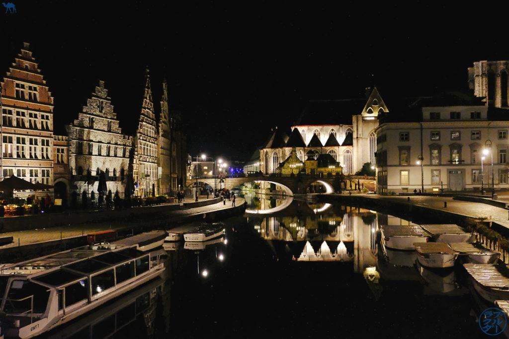 Le Chameau Bleu - Blog Voyage Gand Belgique - Les Canaux de Gand la nuit