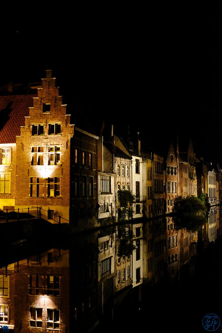 Le Chameau Bleu - Blog Voyage Gand Belgique - Gand by night et ses canaux