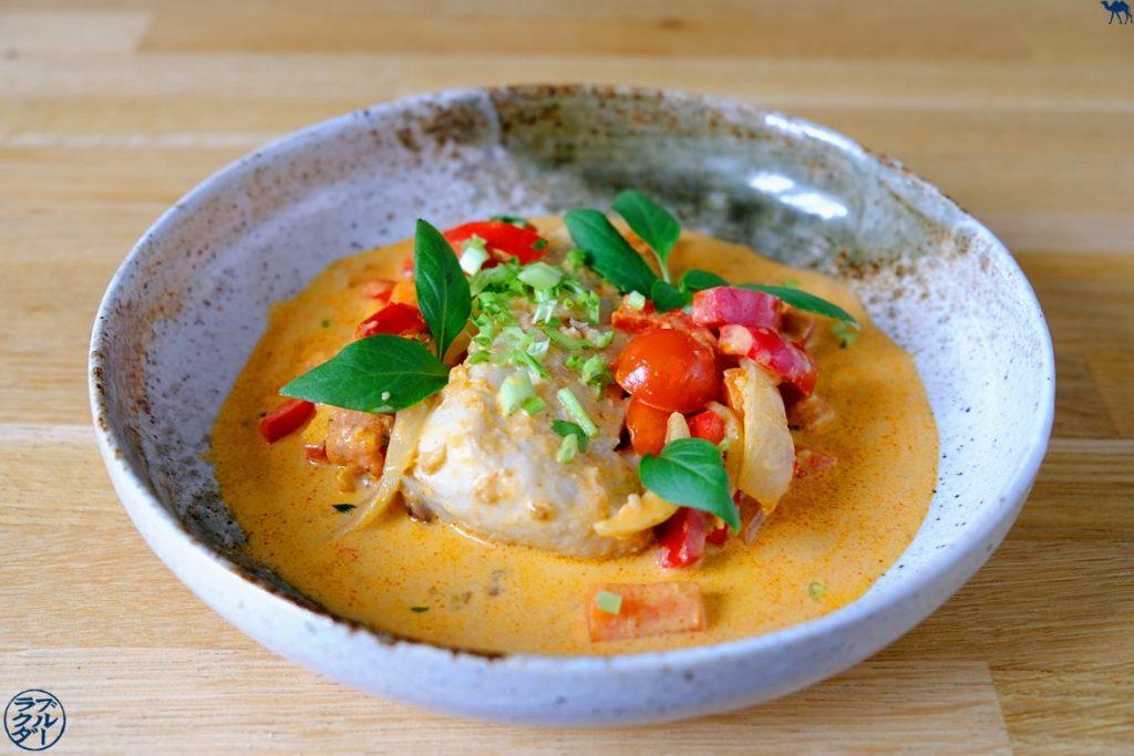 Le Chameau Bleu - Blog Cuisine asiatique - Recette de curry de poisson blanc au lait de coco et citron