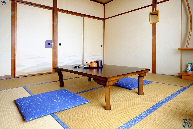 Le Chameau Bleu - Blog Voyage Tohoku Japon - Voyage au Nord du Japon dans le Tohoku - Chambre de Aoni Onsen