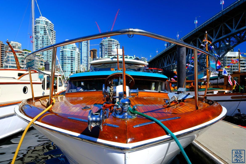 Le Chameau Bleu - Blog Voyage Vancouver Canada - Bateaux de Granville Island - Vancouver