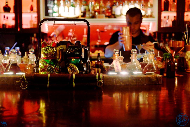 Le Chameau Bleu - Blog Voyage Londres - Comptoir de l'opium bar - bar à cocktail Londres