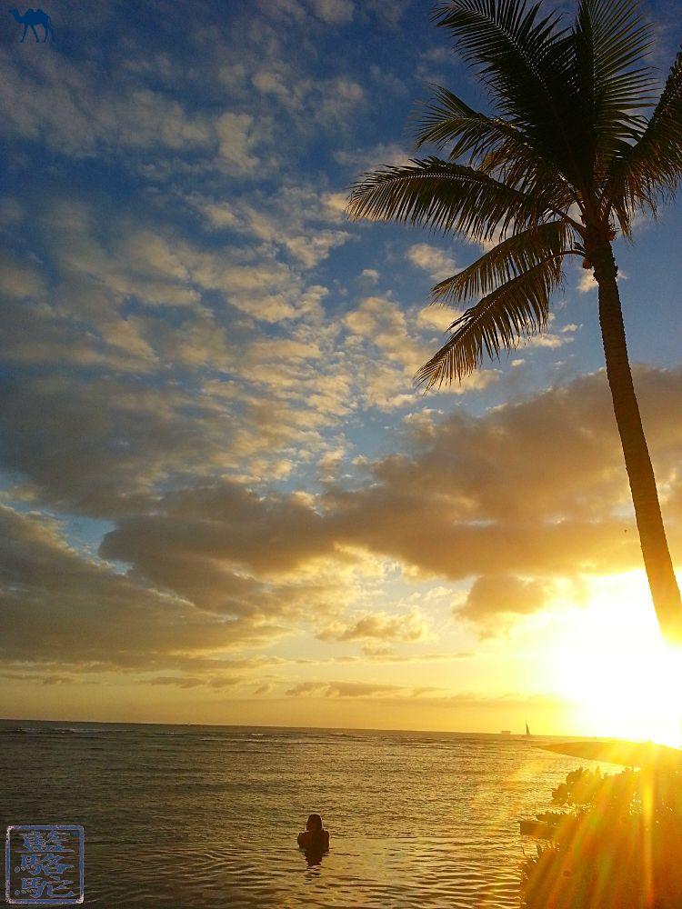 Le Chameau Bleu -Blog Voyage Hawaii - Photo de l'ile d'Hawaii Coucher de soleil depuis Waikiki