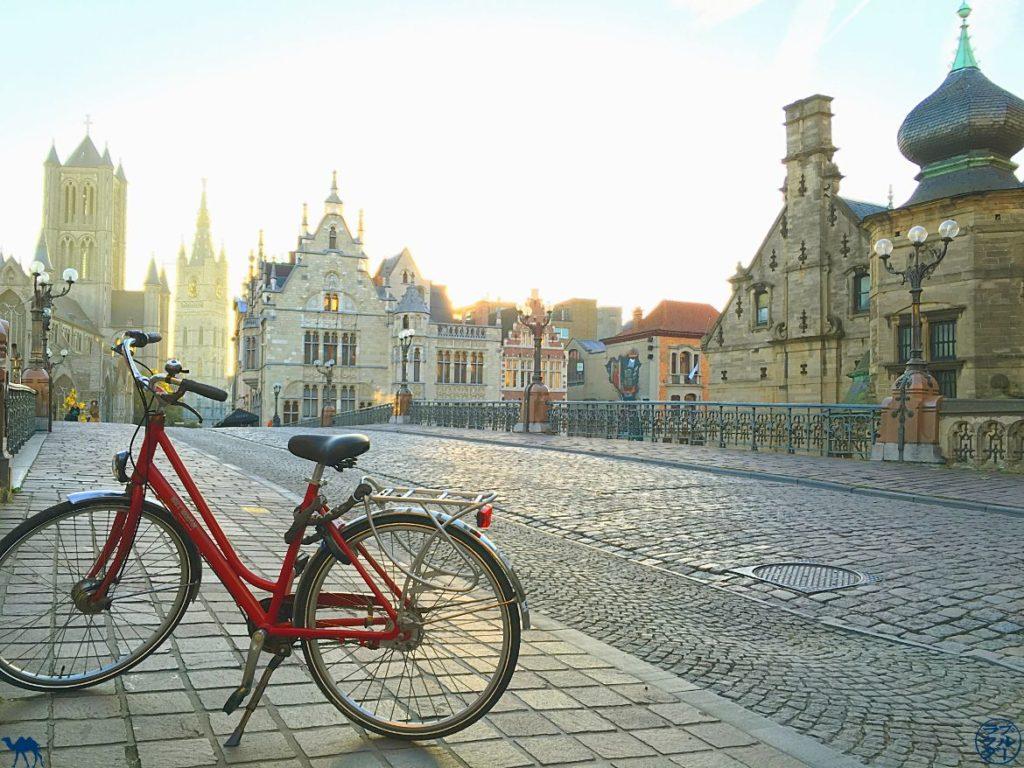 Bloc Travel Ghent Bèlgica - Bicicleta a Gant - Estada a Gant Bèlgica