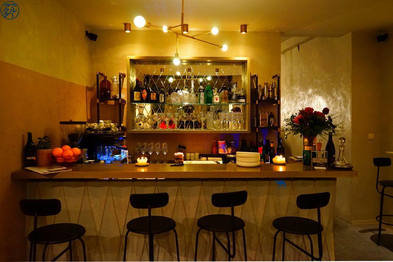 Le Chameau Bleu - Blog Voyage Gand Belgique - La salle du Win Bar à Gand Belgique - Escapade en Flandres