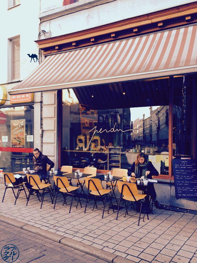 Le Chameau Bleu - Blog Voyage Gand Belgique - Pain Perdu Exterieur à Gand en Belgique
