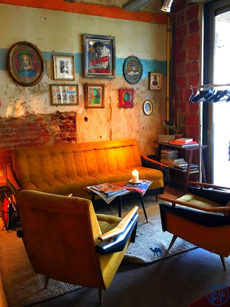 Le Chameau Bleu - Blog Voyage Gand Belgique - Deco De Superette restaurant à Gand en Belgique