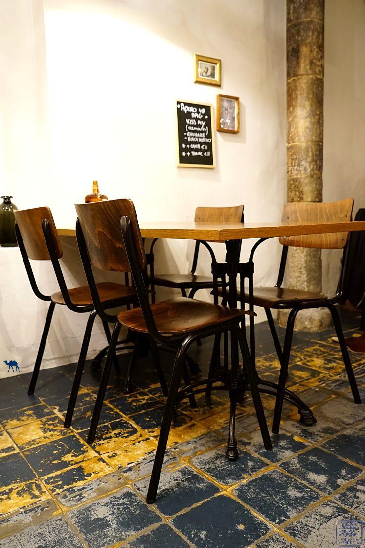 Le Chameau Bleu - Blog Voyage Restaurant Gand Belgique - Salle du restaurant mémé Gusta à Gent - Escapade à Gand en Belgique