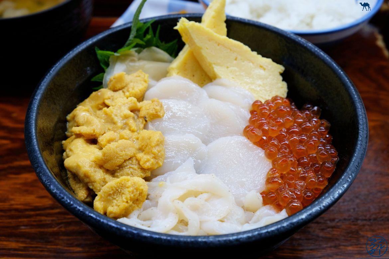 Le Chameau Bleu - Blog Aomori Japon Voyage - Nokkedon - Déjeuner au Marché au poisson de Aomori - Voyage dans le Tohoku au Japon