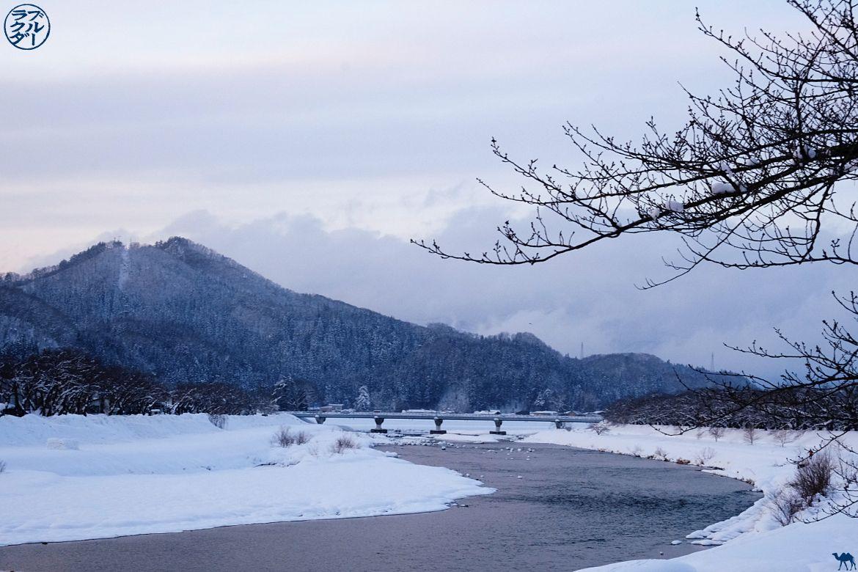Le Chameau Bleu- Voyage au Japon dans le Tohoku - Riviere Hinokai à Kakunodate sous la neige