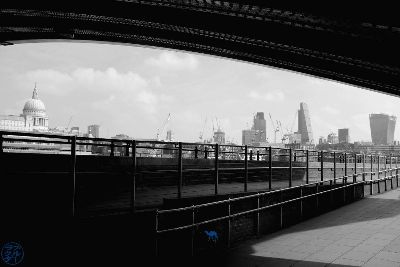 Le Chameau Bleu - Blog Voyage à Londres UK - Saint Paul - Balade le lonng de la Tamise à Londres