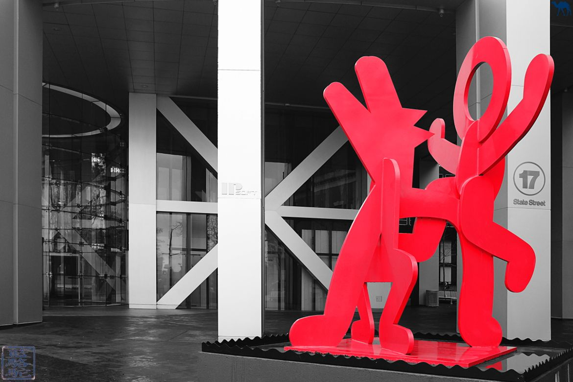 Le Chameau Bleu - Blog Voyage New York City FIGURE BALANCING ON DOG Keith Harring Art New York
