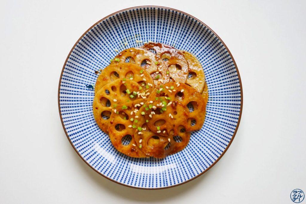 Le Chameau Bleu - Blog Cuisine et Voyage - Recette de racine de lotus poêlée - Recette de renkon