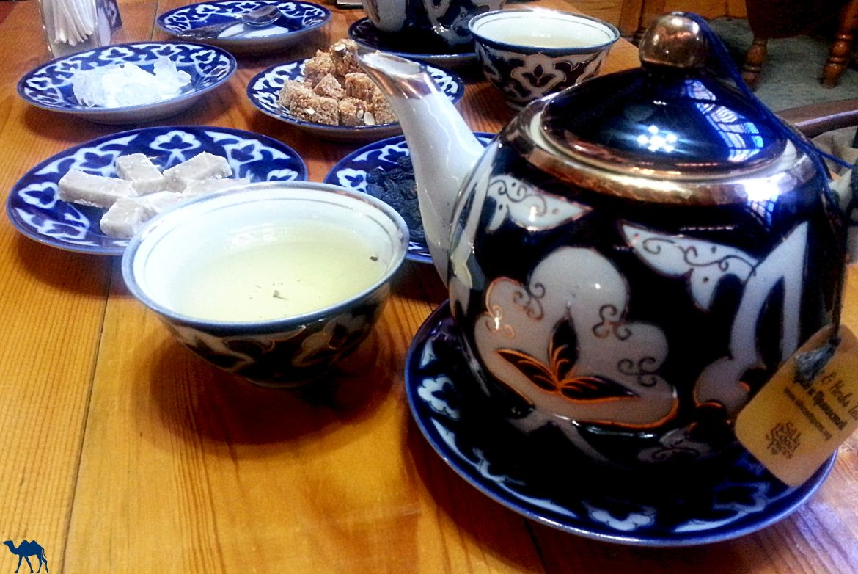 Le Chameau Bleu - Blog Voyage Boukhara Ouzbékistan - Maison de thé Silk Road Spices