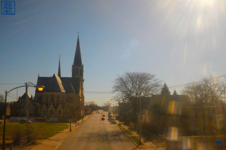 Le Chameau Bleu - Eglise d'une petite ville sur la route de Chicago