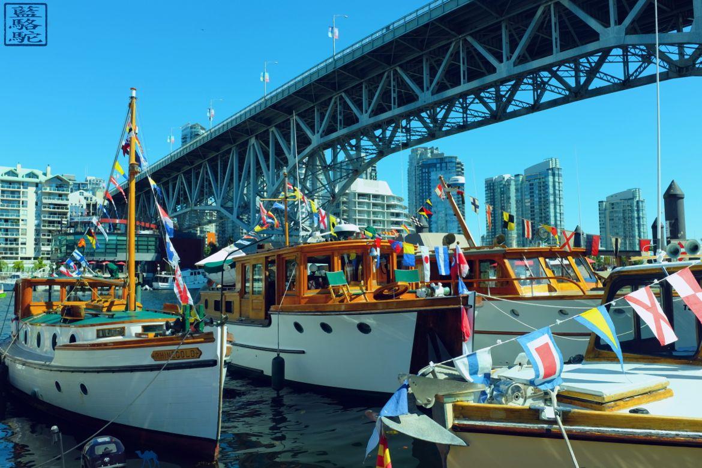 Le Chameau Bleu - Blog Voyage Canada Colombie Britannique -Bateau de Granville Island
