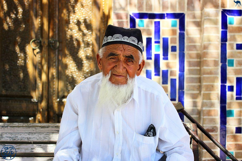 Le Chameau Bleu - Blog Voyage Ouzbékistan - Habitant de Boukhara - Asie Centrale - Informations sur l'Ouzbékistan