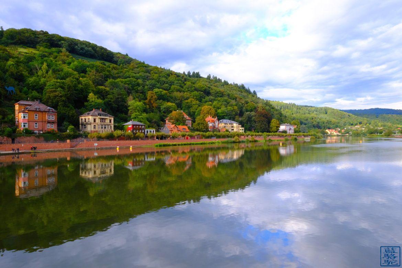 Le Chameau Bleu - Blog Voyage Heidelberg Allemagne - Reflet sur le Neckar - Heidelberg