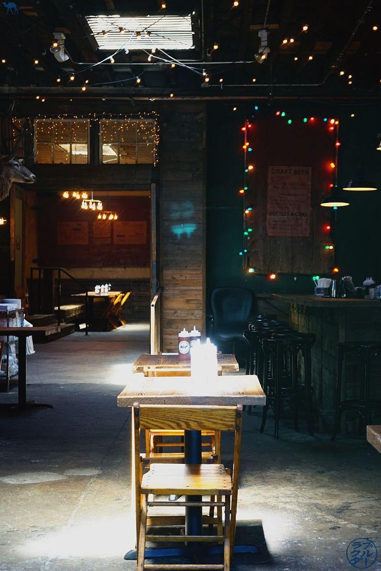 Le Chameau Bleu Blog Voyage USA - Déjeune au restaurant Hometown BBQ à RedHook Brooklyn - Bon plan à New York