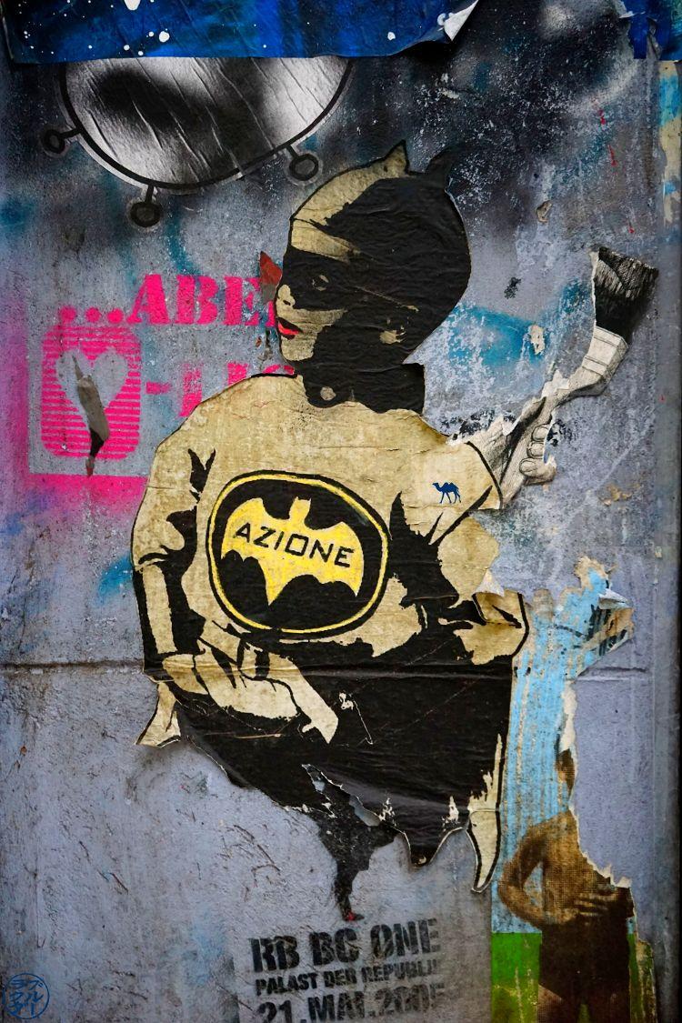 Le Chameau Bleu - BatBoy Art Urbain Berlin Allemagne