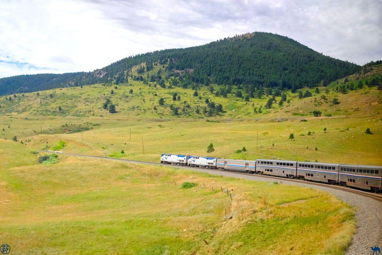 Le Chameau Bleu - Blog Voyage en Train aux Usa - Zephyr Line train en mouvement