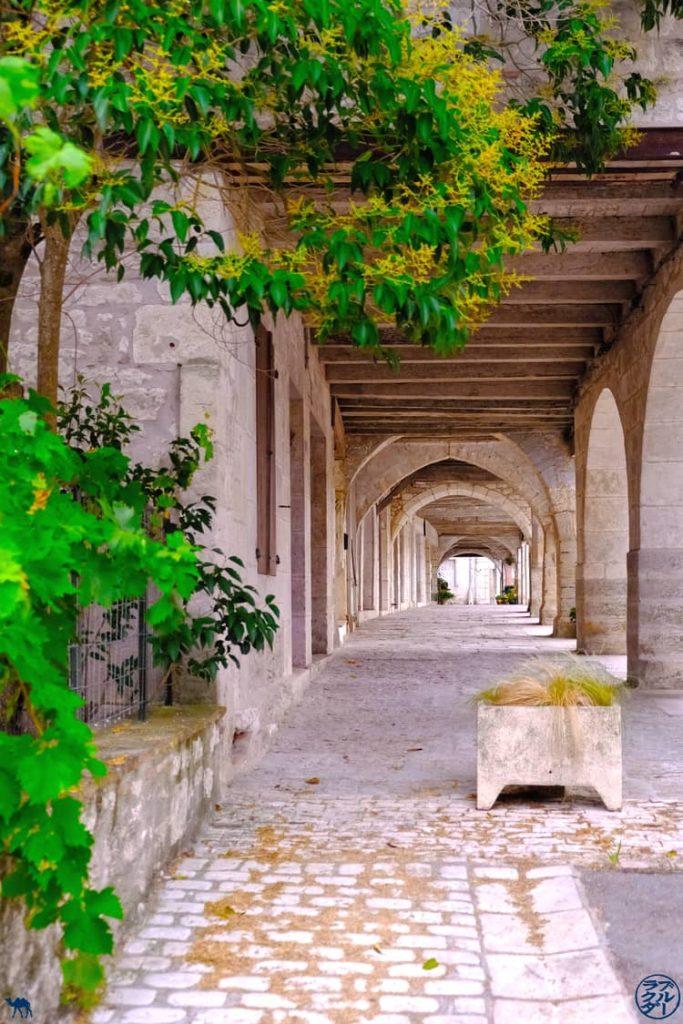 Le Chameau Bleu - Blog Voyage et Gastronomie - Arcades - Montpezat de Quercy