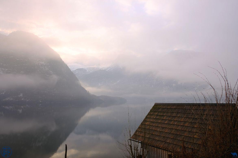 Le Chameau Bleu - Blog Voyage Autriche- Brume Hallstatt