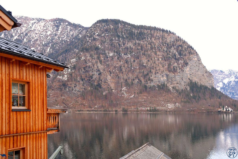 Le Chameau Bleu - Blog Voyage Autriche - Cabane sur le lac De Hallstatt