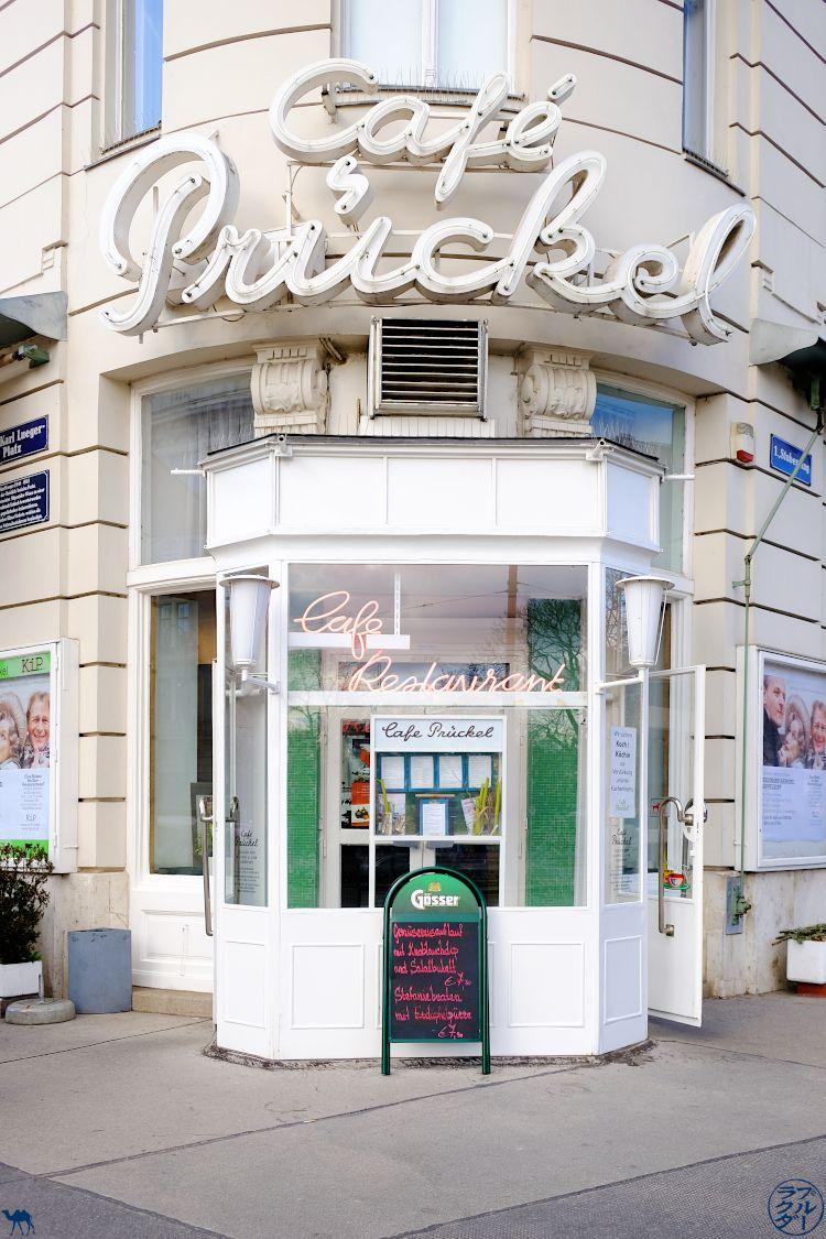 Le Chameau Bleu - Blog Voyage Autriche Café Pruckel à Vienne