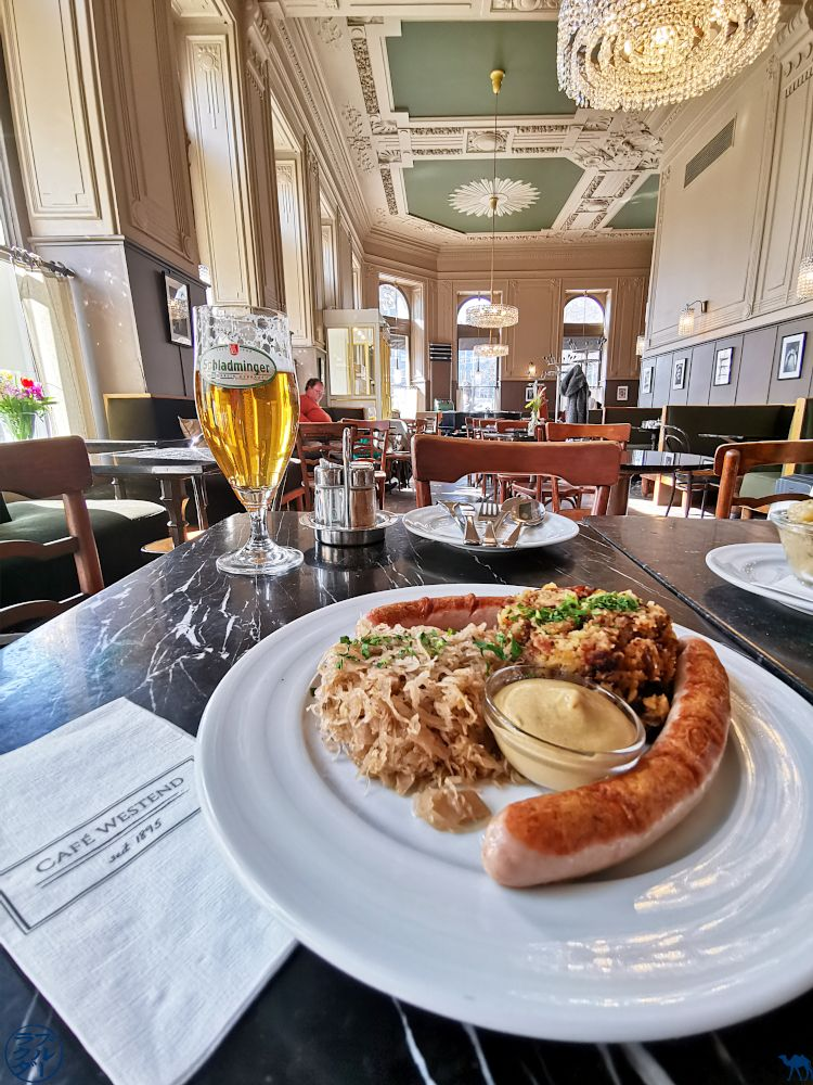 Le Chameau Blue - Blog Voyage Vienne - Choucroute au café Westend