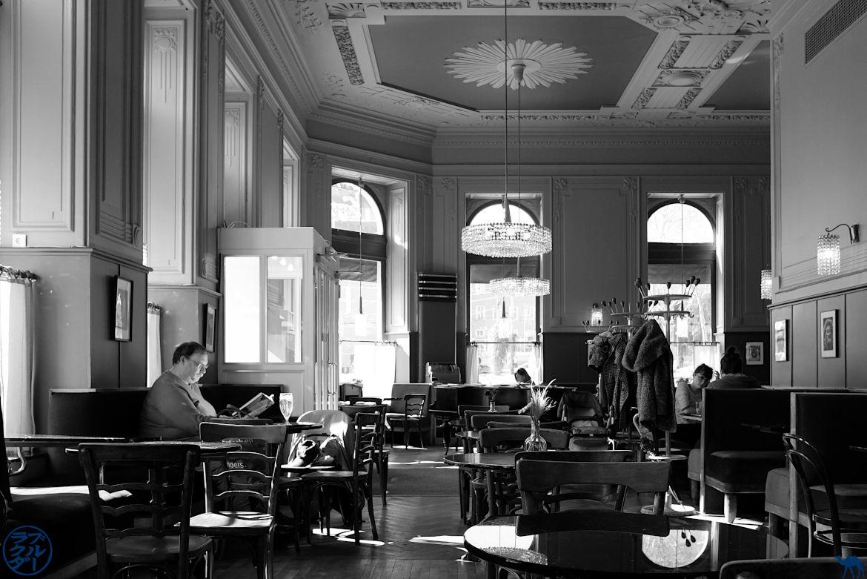 Le Chameau Bleu- Blog Voyage Autriche - Café de Vienne - Westend cafe