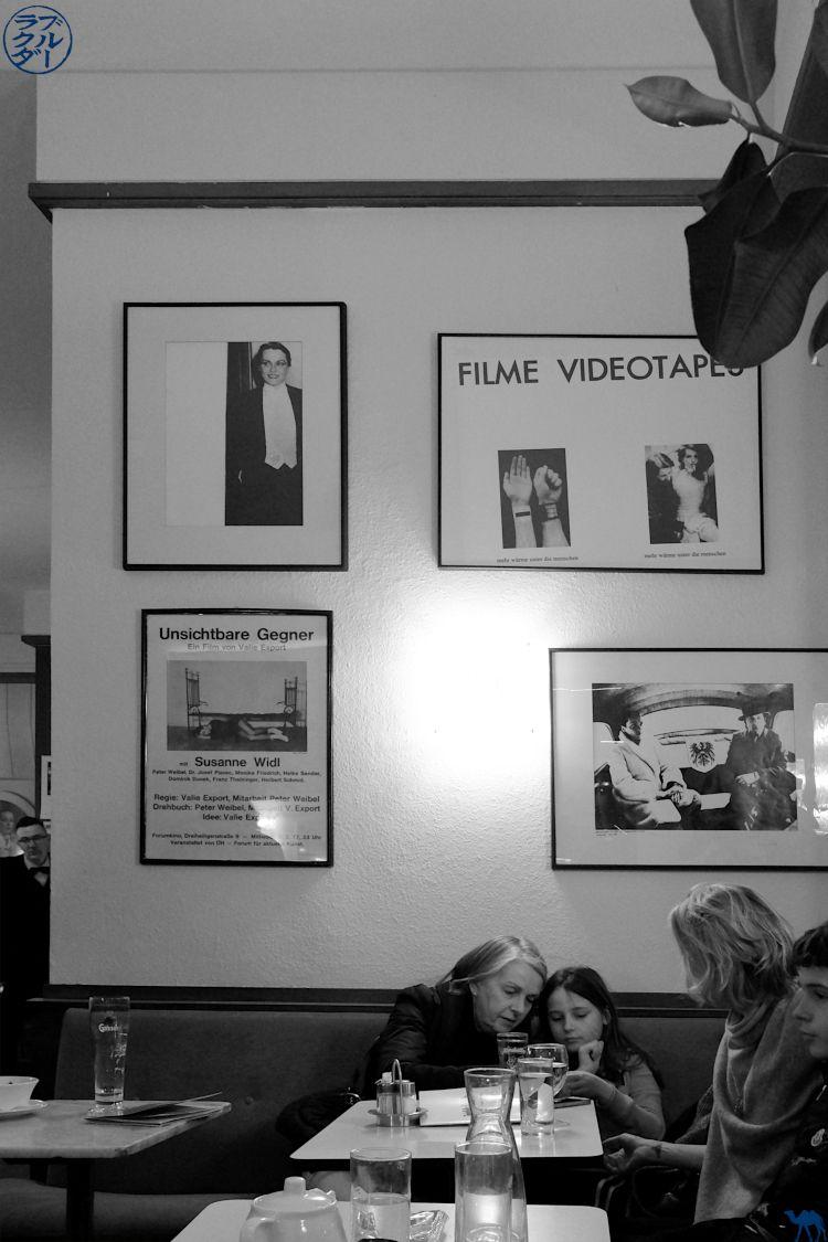 Le Chameau Bleu Blog Voyage Vienne - Salle du Café Korb