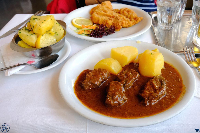 Le Chameau Bleu - Blog Voyage Autriche - Goulash Au Café Pruckel