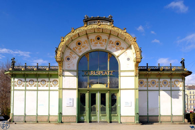 Le Chameau Bleu Blog Voyage Autriche- Karlsplatz