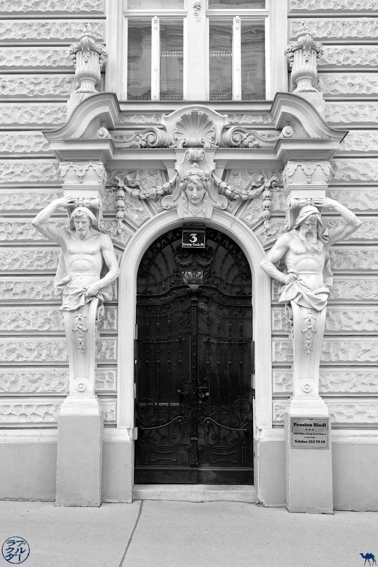 Le Chameau Bleu Blog Voyage Autriche- Porte de Vienne
