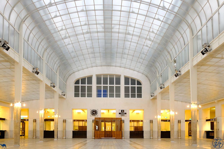 Le Chameau Bleu - Blog Voyage Autriche - Poste Centrale de Vienne