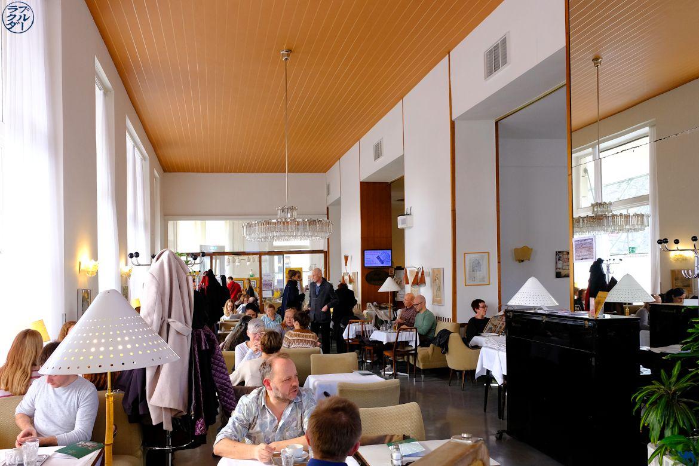 Le Chameau Bleu - Blog Voyage Autriche- Salle du Café Pruckel