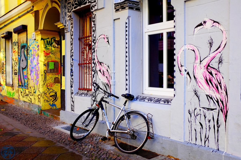 Le Chameau Bleu - Flamand Rose - Street Art Lieu à visiter à Berlin