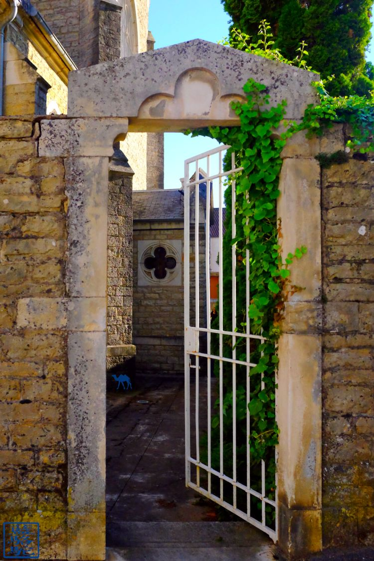 Le Chameau Bleu - Blog Voyage Bourgogne Santenay - Notre Dame du Rosaire de Santenay