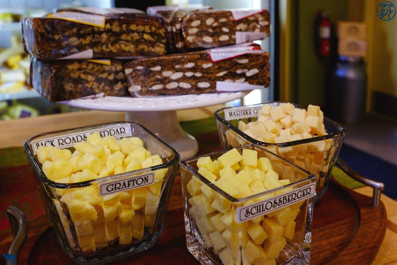 Le Chameau Bleu - Blog Voyage Brattleboro Vermont USA -Dégustation de fromages à la ferme de Grafton