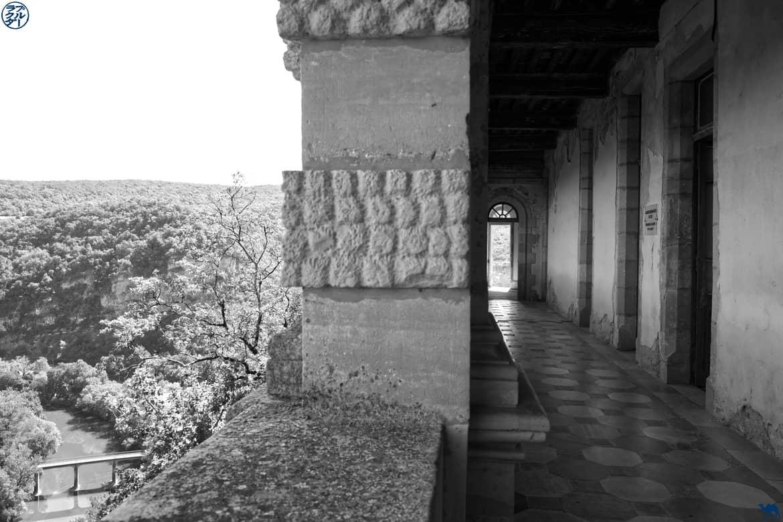 Le Chameau Bleu - Blog Voyage et Gastronomie -  Couloir Chateau Bruniquel