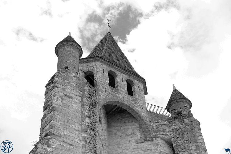 Le Chameau Bleu - Blog Voyage à Vélo sur le Canal de l'Entre deux Mers - Eglise d'Auvillar Tarn Et Garonne