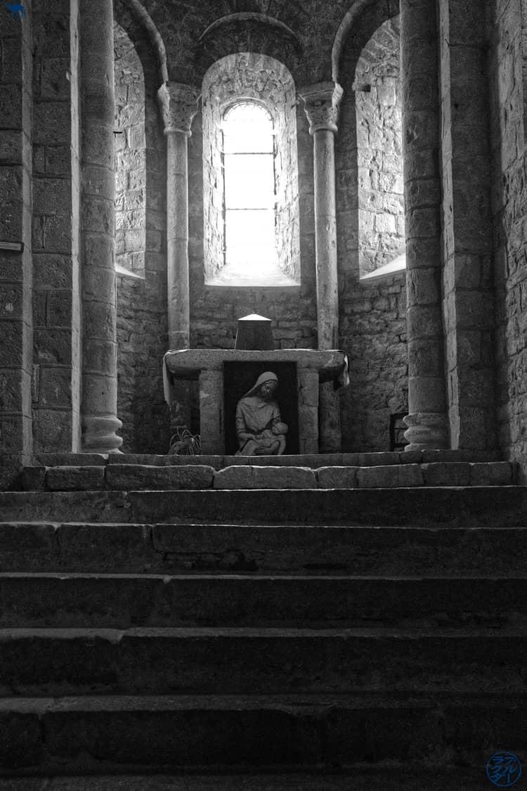 Le Chameau Bleu - Blog Voyage - Gorges de l'Aveyron - Eglise Varen