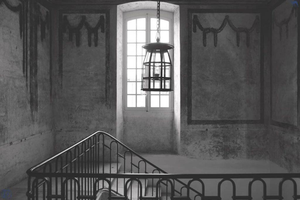 Le Chameau Bleu - Blog Voyage. - Lomagne - Escalier Abbaye Belleperche - Tarn Et Garonne