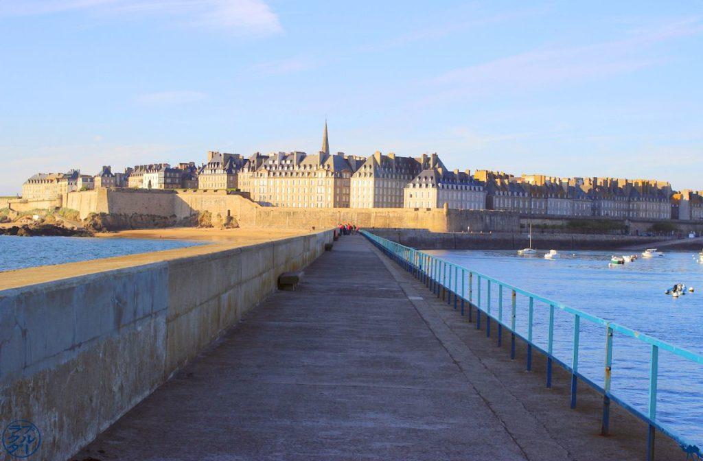 Le Chameau Bleu - Blog Voyage Saint Malo France - Saint Malo depuis son phare - Bretagne - franceSaint-Malo depuis son phare