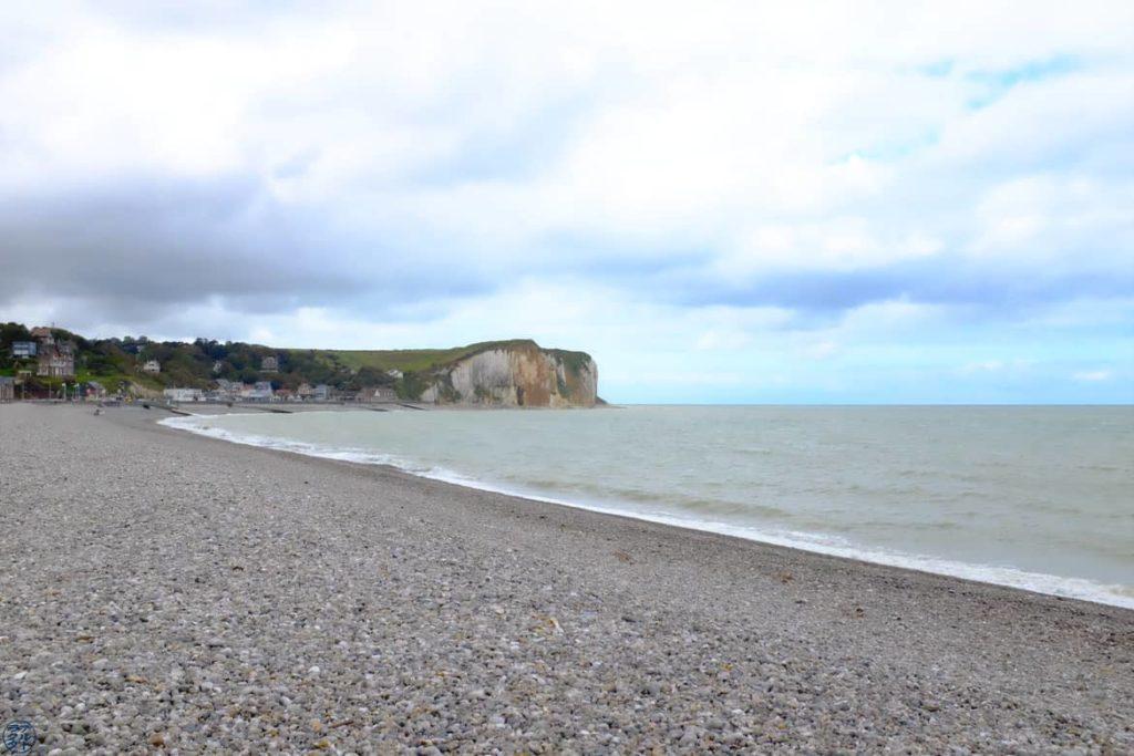 Le Chameau Bleu - Blog Voyage et Photo - Galets de Veulettes sur Mer - Fécamp Dieppe à vélo