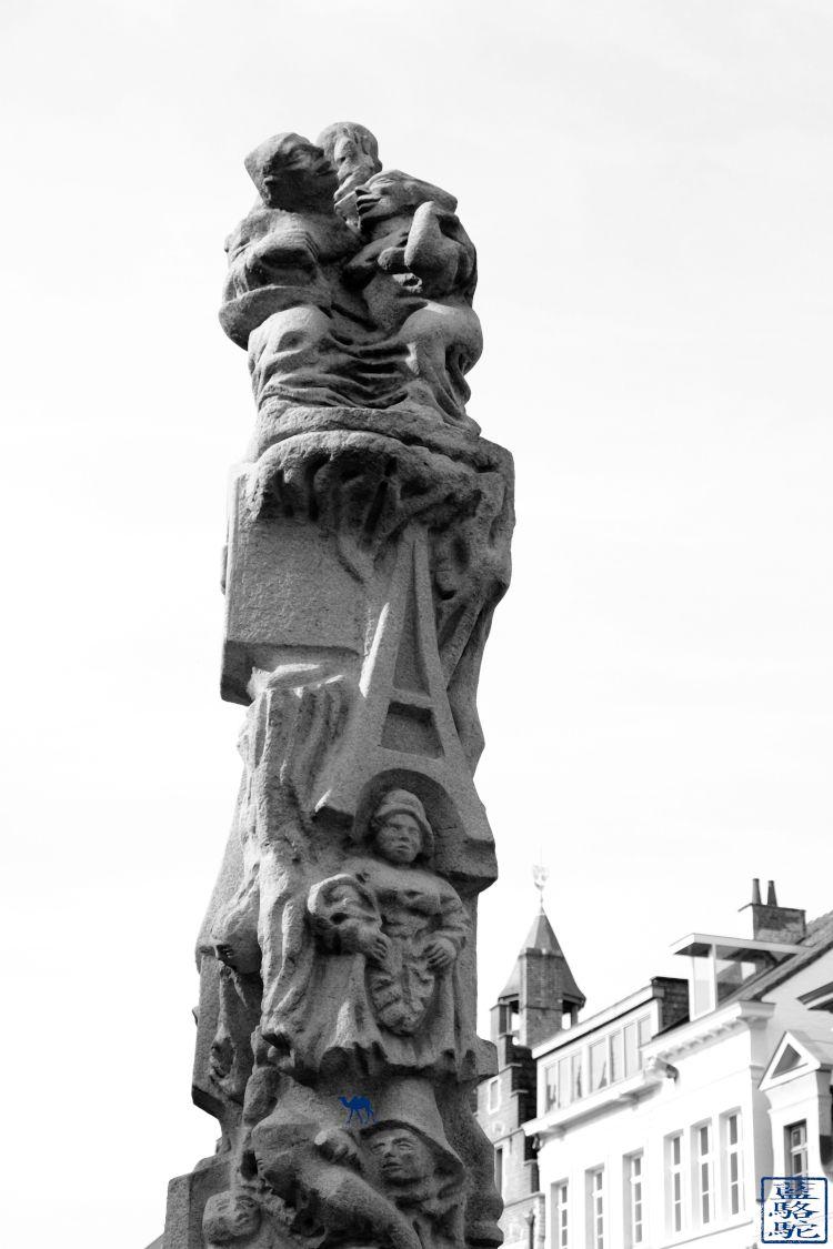 Le Chameau Bleu -Blog Voyage Week End Gand Belgique - Sculpture de Gand - Belgique - Balade au centre ville de Gand