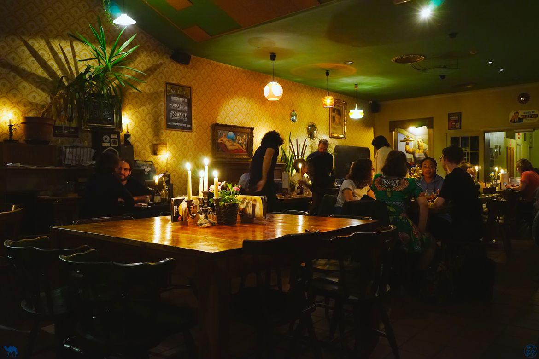 Le Chameau Bleu - Blog Voyage Gand - Restaurant Walrus - Salle